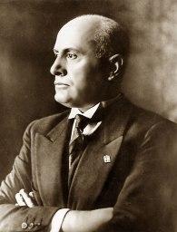 Benito_Mussolini_1