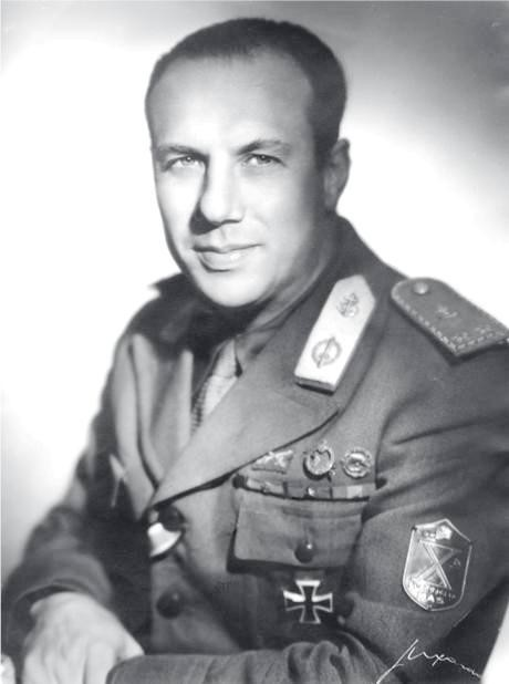 Comandante-X-Mas-Borghese-a.jpg